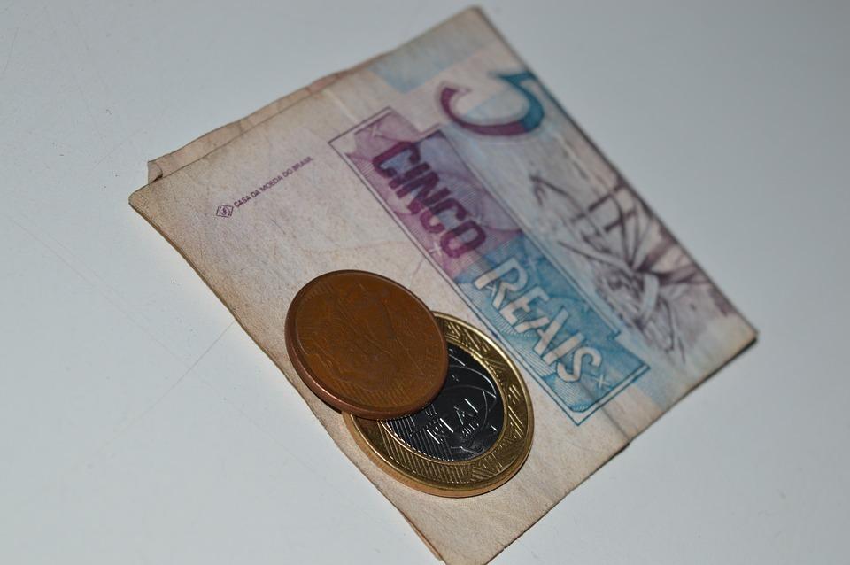 peníze reály